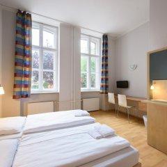 Отель a&o Berlin Kolumbus Германия, Берлин - 2 отзыва об отеле, цены и фото номеров - забронировать отель a&o Berlin Kolumbus онлайн комната для гостей