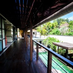 Отель Fullmoon Villa балкон