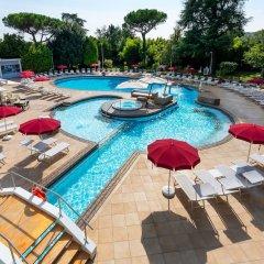 Отель Mioni Royal San Италия, Монтегротто-Терме - отзывы, цены и фото номеров - забронировать отель Mioni Royal San онлайн бассейн фото 3