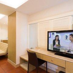 Отель Empress Hotel HoChiMinh City Вьетнам, Хошимин - 1 отзыв об отеле, цены и фото номеров - забронировать отель Empress Hotel HoChiMinh City онлайн удобства в номере фото 2