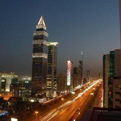 Отель Crowne Plaza Dubai ОАЭ, Дубай - отзывы, цены и фото номеров - забронировать отель Crowne Plaza Dubai онлайн балкон