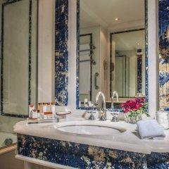 Отель Rome Cavalieri, A Waldorf Astoria Resort ванная фото 2
