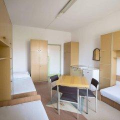 Отель Dizzy Daisy Hostel Польша, Вроцлав - отзывы, цены и фото номеров - забронировать отель Dizzy Daisy Hostel онлайн в номере фото 2