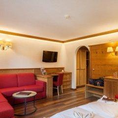 Отель Alphotel Tyrol Рачинес-Ратскингс комната для гостей фото 2