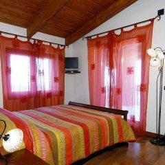 Отель Residence Casale Da Padeira Лакко-Амено сейф в номере