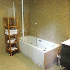 Отель Atocha Suites ванная