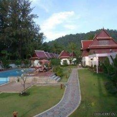Отель Royal Lanta Resort & Spa бассейн фото 6