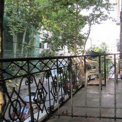 Отель Lucky Hostel Грузия, Тбилиси - отзывы, цены и фото номеров - забронировать отель Lucky Hostel онлайн балкон