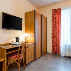 Отель Comfort Hotel Europa Genova City Centre Италия, Генуя - 14 отзывов об отеле, цены и фото номеров - забронировать отель Comfort Hotel Europa Genova City Centre онлайн удобства в номере фото 2