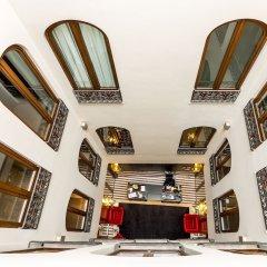 Отель Room Mate Leo Испания, Гранада - отзывы, цены и фото номеров - забронировать отель Room Mate Leo онлайн парковка