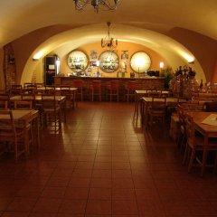 Отель Stary Pivovar Чехия, Прага - 11 отзывов об отеле, цены и фото номеров - забронировать отель Stary Pivovar онлайн питание фото 2