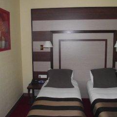 Отель Best Western Hotel de Paris Франция, Лаваль - отзывы, цены и фото номеров - забронировать отель Best Western Hotel de Paris онлайн комната для гостей фото 4