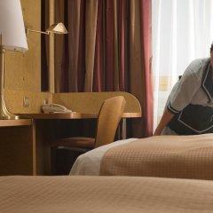 Отель Holiday Inn Athens Attica Av. Airport West удобства в номере фото 2