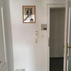 Hostel Rosemary сейф в номере