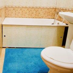 Гостиница LUXKV Apartment on Malaya Filevskaya в Москве отзывы, цены и фото номеров - забронировать гостиницу LUXKV Apartment on Malaya Filevskaya онлайн Москва ванная фото 2