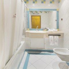 Отель Smartline Miramar Португалия, Албуфейра - отзывы, цены и фото номеров - забронировать отель Smartline Miramar онлайн ванная фото 2