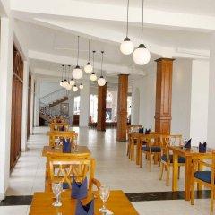 The Reef Beach Hotel Negombo питание фото 2
