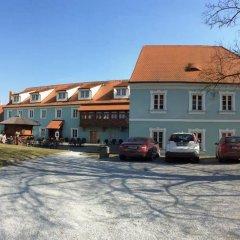 Отель Pension Groll Чехия, Пльзень - отзывы, цены и фото номеров - забронировать отель Pension Groll онлайн парковка