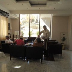 Отель La Maison Hotel Иордания, Вади-Муса - отзывы, цены и фото номеров - забронировать отель La Maison Hotel онлайн интерьер отеля фото 3