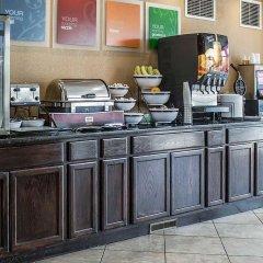 Отель Holiday Inn Express Columbus Downtown США, Колумбус - отзывы, цены и фото номеров - забронировать отель Holiday Inn Express Columbus Downtown онлайн питание