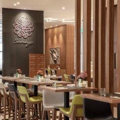 Отель Hilton Garden Inn Dubai Al Jadaf Culture Village ОАЭ, Дубай - 1 отзыв об отеле, цены и фото номеров - забронировать отель Hilton Garden Inn Dubai Al Jadaf Culture Village онлайн гостиничный бар