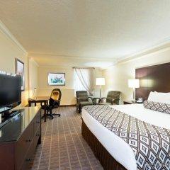 Отель Crowne Plaza Toronto Airport Канада, Торонто - отзывы, цены и фото номеров - забронировать отель Crowne Plaza Toronto Airport онлайн комната для гостей фото 5