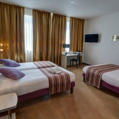 Hotel Arles Plaza Арль комната для гостей фото 2