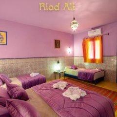 Отель Riad Ali Totmarroc Марокко, Мерзуга - отзывы, цены и фото номеров - забронировать отель Riad Ali Totmarroc онлайн комната для гостей фото 3