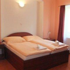 Отель Rezidence Bradfort Чехия, Карловы Вары - 1 отзыв об отеле, цены и фото номеров - забронировать отель Rezidence Bradfort онлайн сейф в номере