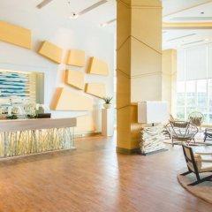 Отель La Mer Residence and Pool Villa Pattaya By Favstay На Чом Тхиан интерьер отеля