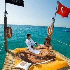 Pirates Beach Club Турция, Кемер - отзывы, цены и фото номеров - забронировать отель Pirates Beach Club онлайн приотельная территория фото 2