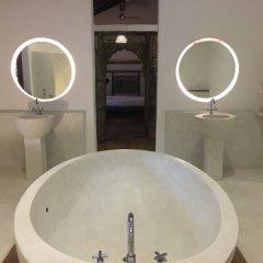 Отель Fort Square Boutique Villa Шри-Ланка, Галле - отзывы, цены и фото номеров - забронировать отель Fort Square Boutique Villa онлайн ванная