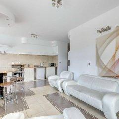 Апартаменты Dom & House - Apartments Neptun Park гостиничный бар