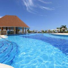 Отель Luxury Bahia Principe Runaway Bay All Inclusive, Adults Only бассейн фото 3