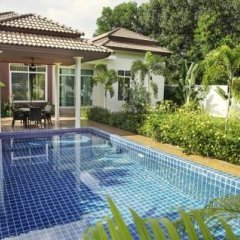 Отель Loran villa бассейн