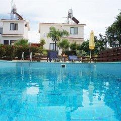 Отель Kavalla Forest Villas бассейн
