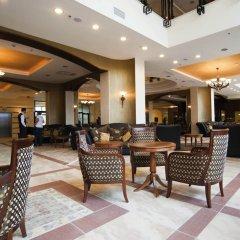 Отель RIU Pravets Golf & SPA Resort интерьер отеля