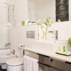 Отель Apartosuites Jardines de Sabatini ванная фото 2