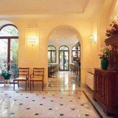 Astoria Garden Hotel интерьер отеля