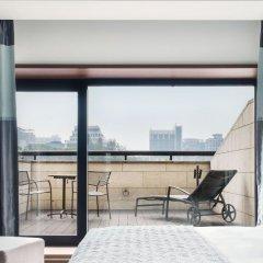 Отель The Ritz-Carlton, Seoul балкон