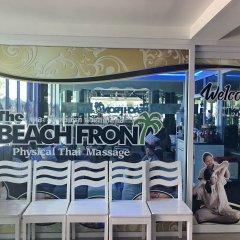 Отель The Beach Front Resort Pattaya спортивное сооружение