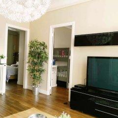 Апартаменты Apartment With 2 Bedrooms in Saint-denis, With Wonderful City View, Ba комната для гостей фото 3