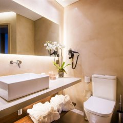 Hotel Dom Henrique Downtown ванная