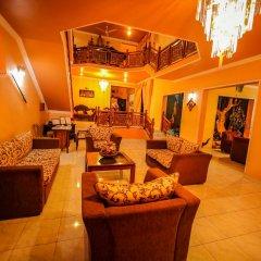 Отель Frangipani Motel интерьер отеля