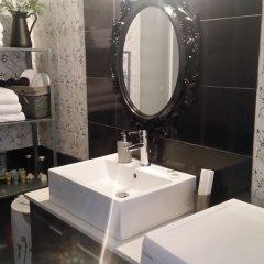 Отель Kallirrois Apt - Sweet Home 4 ванная