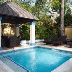 Отель Hermosa Cove Villa Resort & Suites бассейн