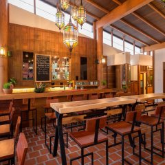 Отель Naina Resort & Spa гостиничный бар