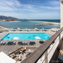 Отель Pullman Marseille Palm Beach балкон