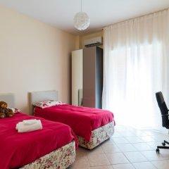 Апартаменты Lovely Central Apartment комната для гостей