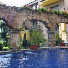 Отель Quinta Real Guadalajara бассейн